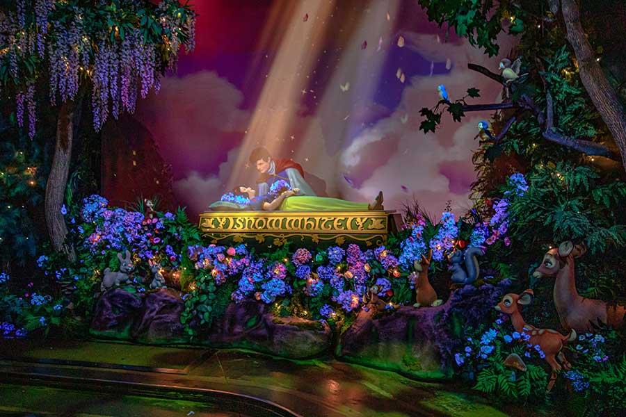 Newly reimagined Snow White's Enchanted Wish, Disneyland Resort