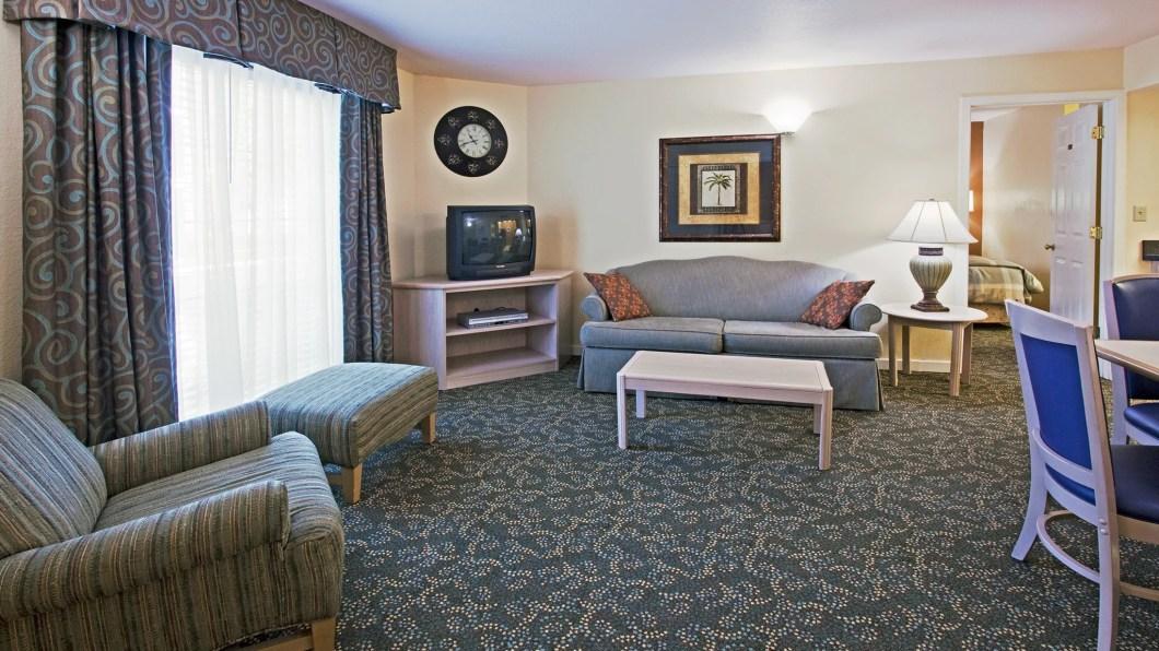 2 Bedroom Bathroom Suites Near Disney World