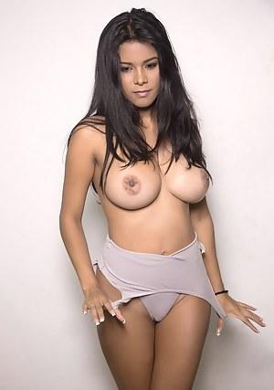 Latina Girls Pictures