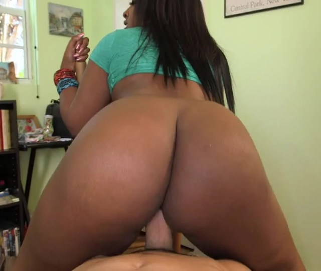 Big Booty Black Girl Layla Monroe Fucking A Long White Dick Guy