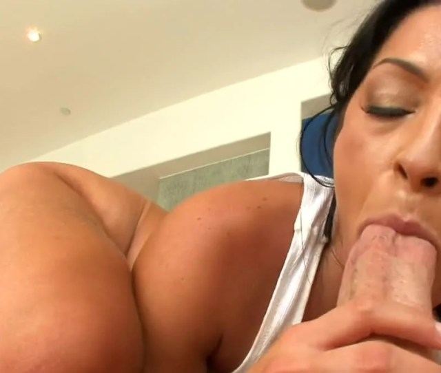 Hot Brazilian Milf Places A Cock Inside Her Mouth And Also Her Cunt Pornid Xxx