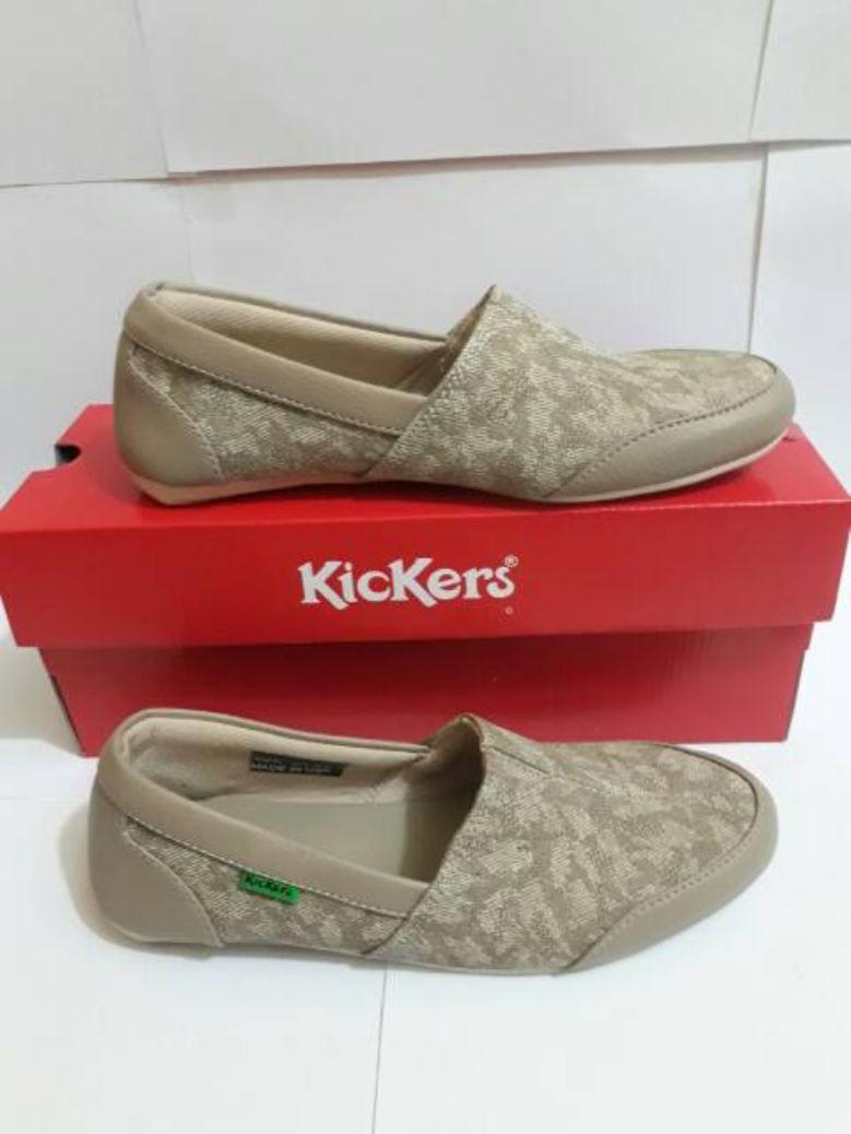 Harga Sandal Kickers Wanita Model Baru : harga, sandal, kickers, wanita, model, Sepatu, Sandal, Kickers, Indonesia, Bagus, Untuk, Wanita