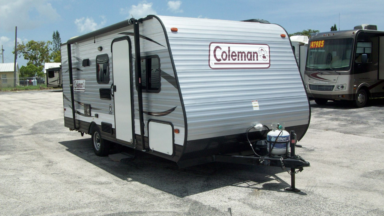 hight resolution of coleman 5th wheel trailer