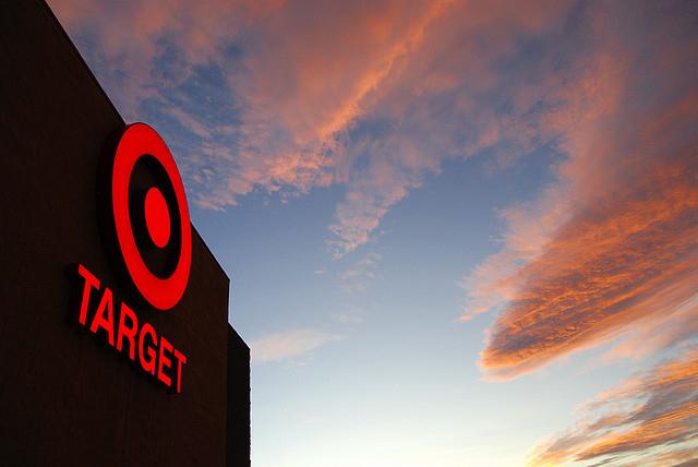 Target flickr http://www.flickr.com/photos/roadsidepictures/2923629922/