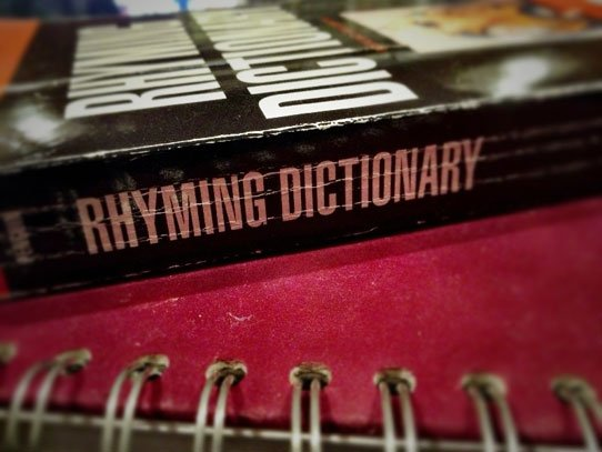 Rhyming-dictionary