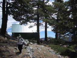 Sierra Club ski hut at the base of Baldy Bowl