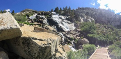 Waterfall and footbridge on the climb to Dusy Basin