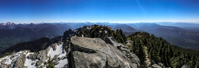 Panoramic views from Mount Pilchuck