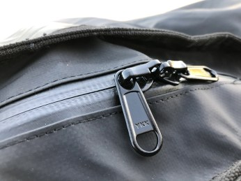 Weather-resistant zippers