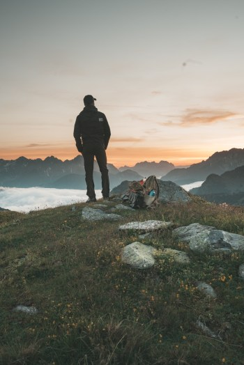naar de bergen in de zomer