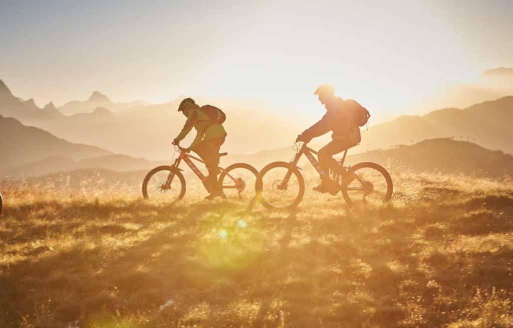 mountainbiken in de bergen
