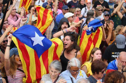 Jubel bei den Befürwortern der Unabhänigkeit Kataloniens nach der Abstimmung im Parlament. Foto: Getty Images Europe