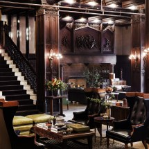 Boutique Hotels In Chicago Tablet