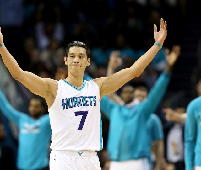 Woman Mistakenly Tattoos Jeremy Lins Name In Chinese Lin Does Same In Support