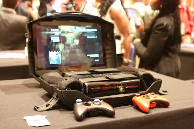 Gaems G155 Makes Your Xbox Portable