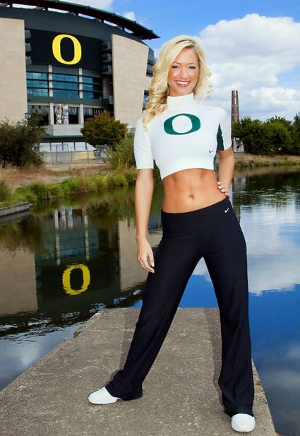 oregon-cheerleader-katelynn(02).jpg