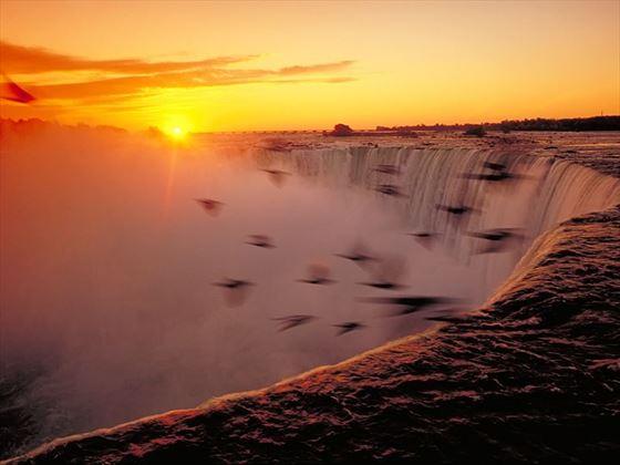 Niagara Falls Night Wallpaper Photos Niagara Falls Holidays Ontario In 2018 2019 Canadian Sky