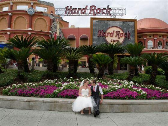 wedding chair covers hawaii staples office sale hard rock cafe   american sky