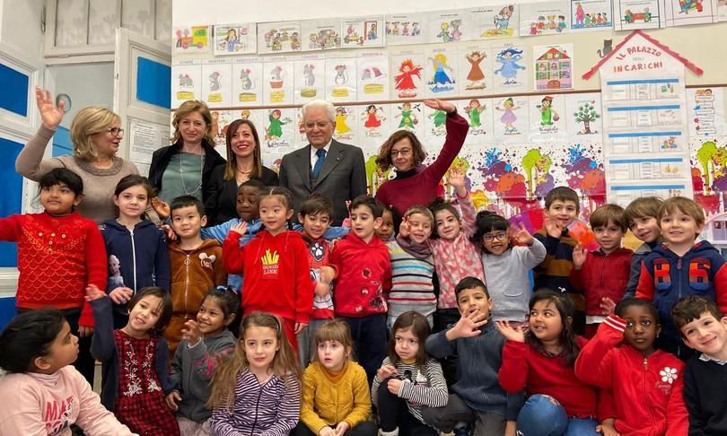 Il Presidente Mattarella visita una scuola di Roma