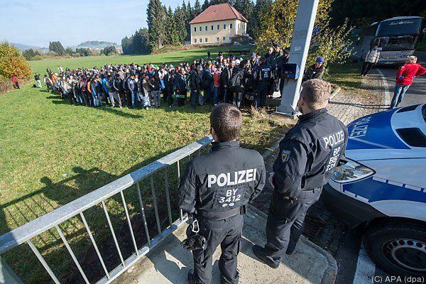 Afbeeldingsresultaat voor bundespolizei grenzkontrolle Österreich