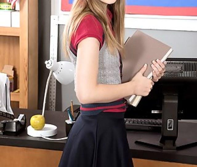 Teen Schoolgirl Pictures