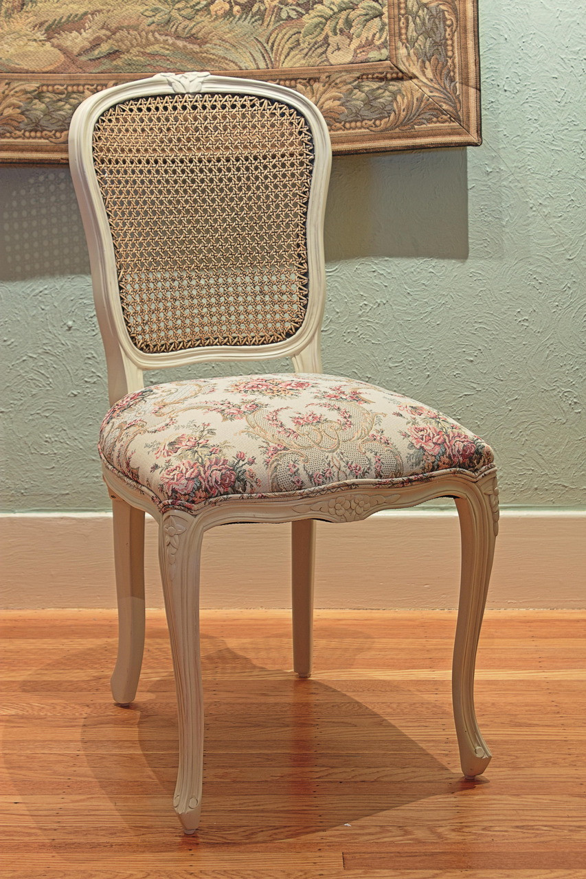 louis xv chair steel egg dining chairs laurel crown furniture with antique white frame and antiqued caning