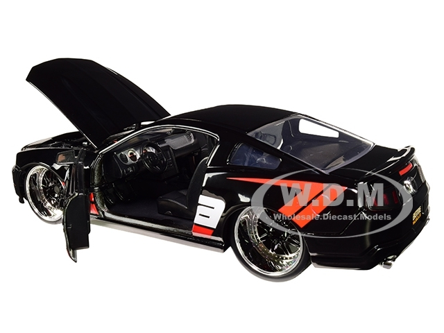 2010 ford mustang gt borla exhaust black with red stripes bigtime muscle 1 24 diecast model car by jada