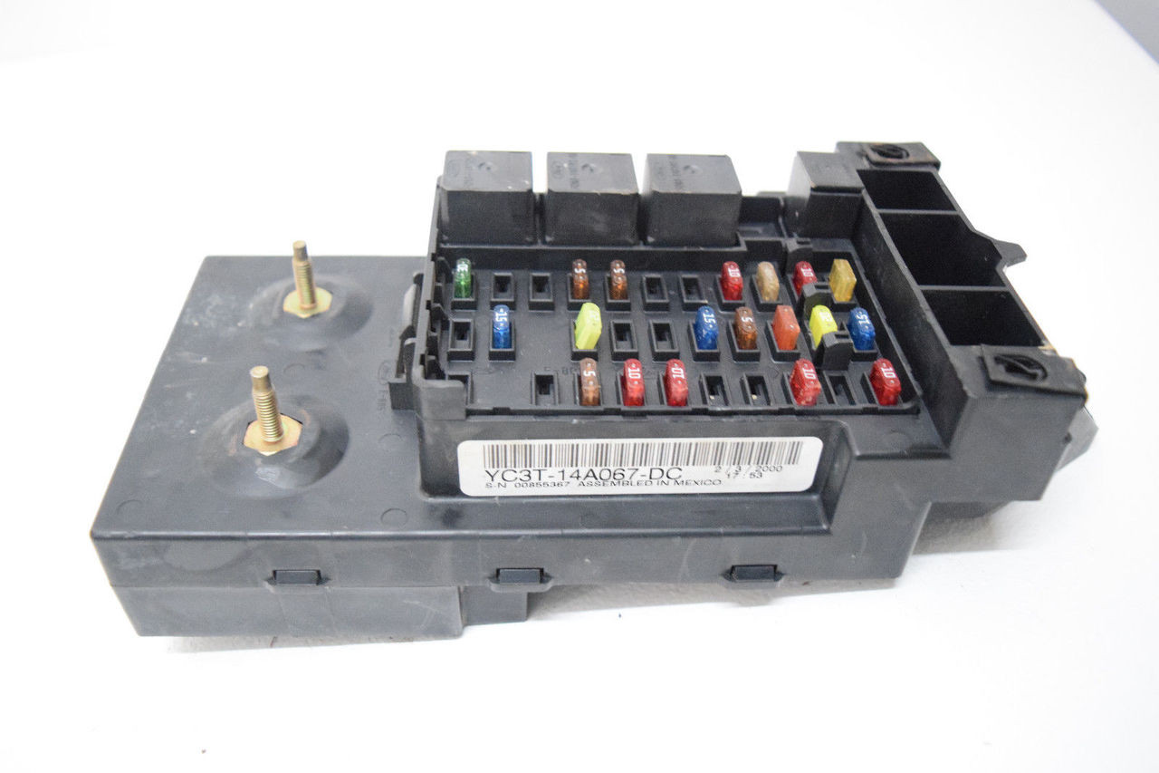 medium resolution of  f250 f350 f 250 f 350 superduty under dash fuse box oem price 199 99 http i ebayimg com 00 s mta2nlgxnjaw