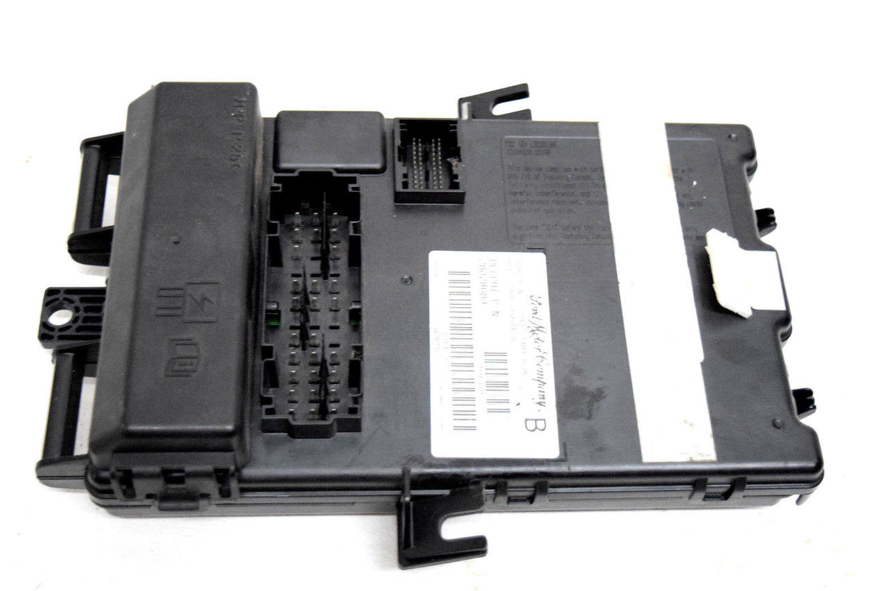 hight resolution of 06 07 08 09 ford mustang fuse box body control module 5r3t14b476bc price 193 99 https i ebayimg com 00 s mta2nlgxnjaw
