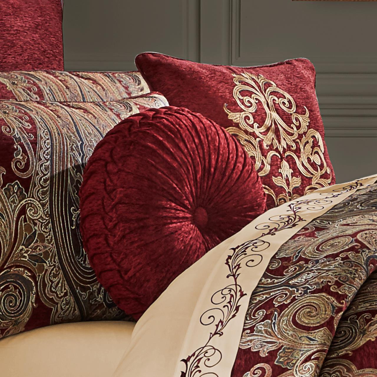 garnet red tufted round pillow