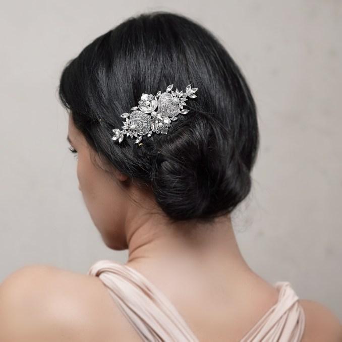 manita hair comb