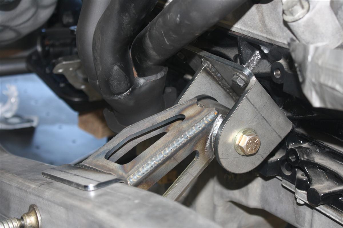 1993 jeep wrangler transmission mount [ 1200 x 800 Pixel ]