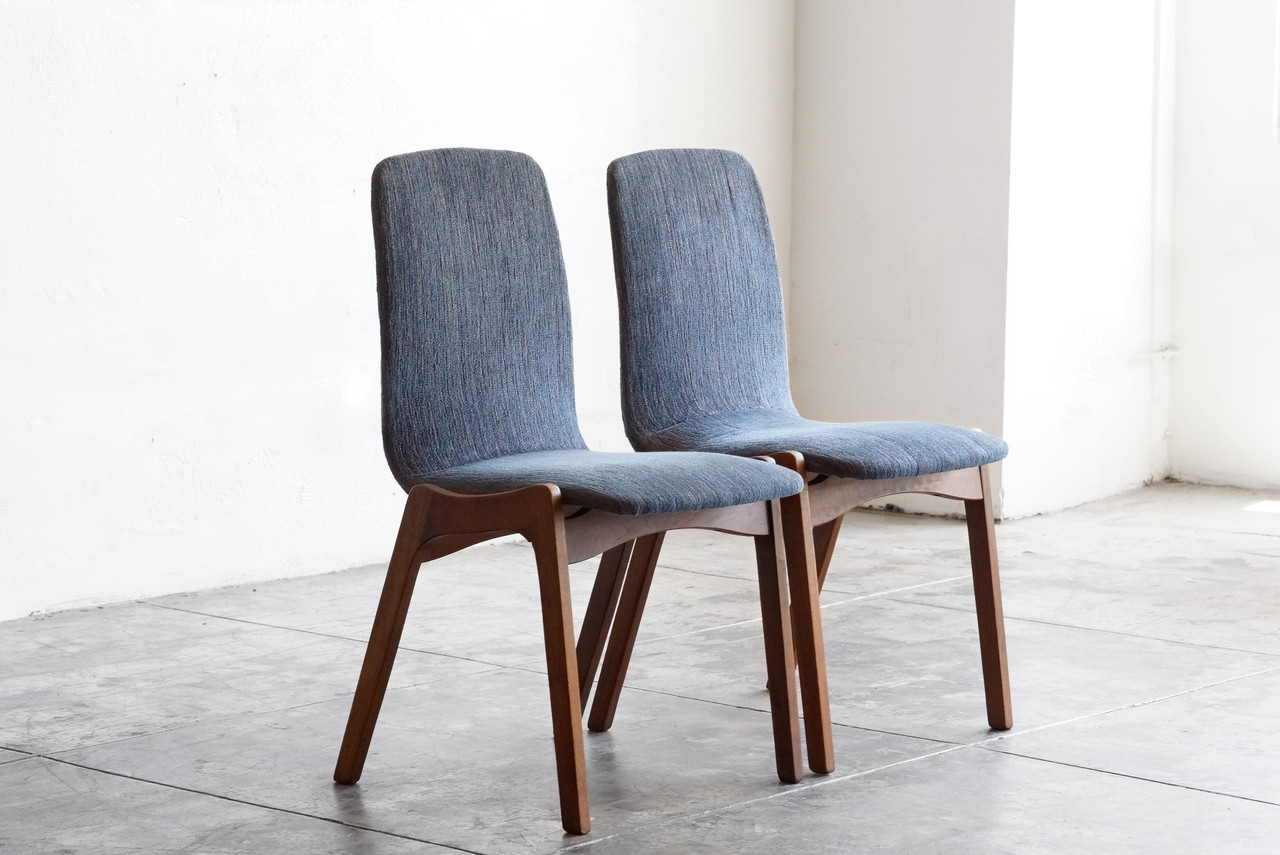 Sold Pair Of Mid Century Dining Chairs By Foster Mcdavid