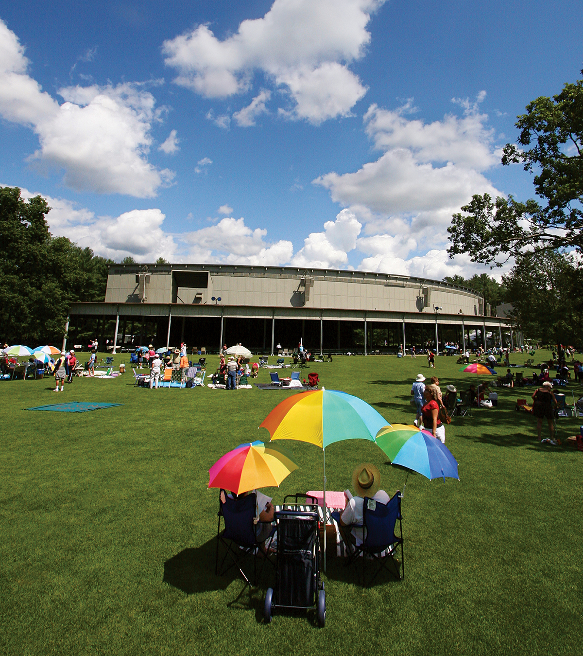 Our Guide to Tanglewood Lawn Picnics