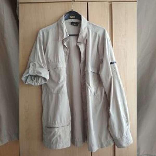 95%新Aigle淺卡其色中性3袋外套一件 售250港元 - DCFever.com