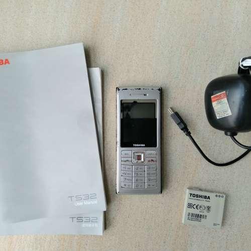 東芝 Toshiba TS32 電話全套 - DCFever.com