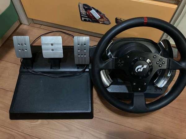 出售 Thrustmaster t500rs w/t300rs gt pedal - DCFever.com
