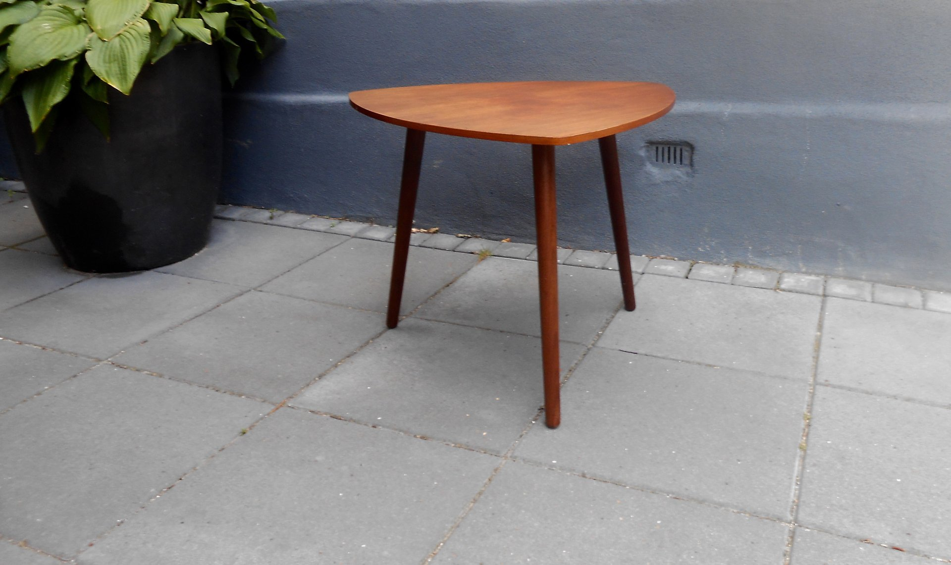 guitar shaped chair red chairs for sale danish triangular pick teak coffee table