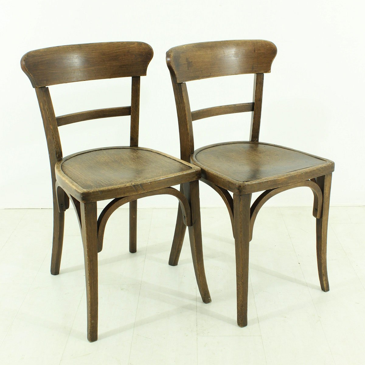 Set Of 2 Dining Chairs Vintage Dining Chairs 1930s Set Of 2 For Sale At Pamono