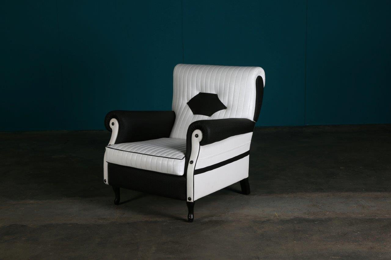 White Club Chair Vintage Black And White Club Chair For Sale At Pamono