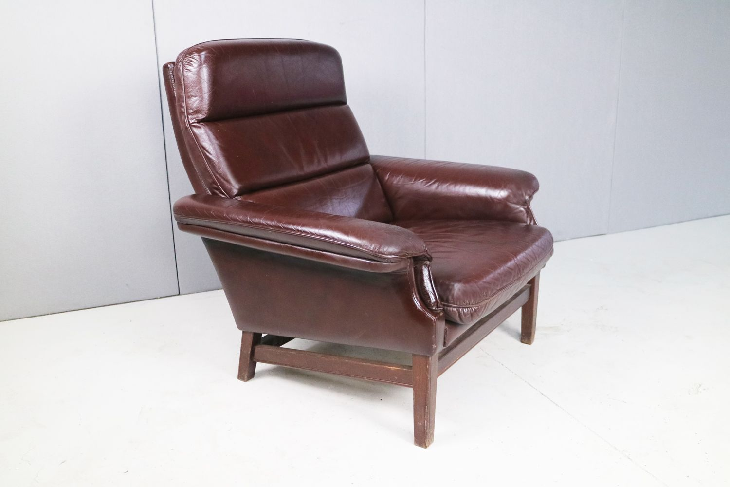 Mid Century Danish Chair Mid Century Danish Brown Leather Club Chair For Sale At Pamono