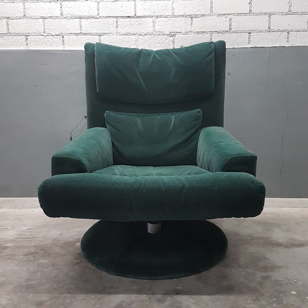 green velvet swivel chair club slipcovers t cushion with ottoman from rolf benz