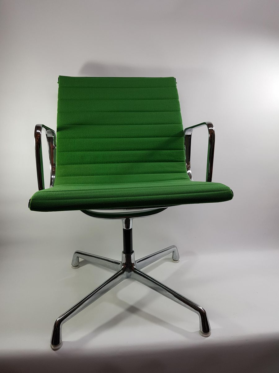 Eames Desk Chair Vintage Ea 104 Office Chair By Charles Ray Eames For Vitra