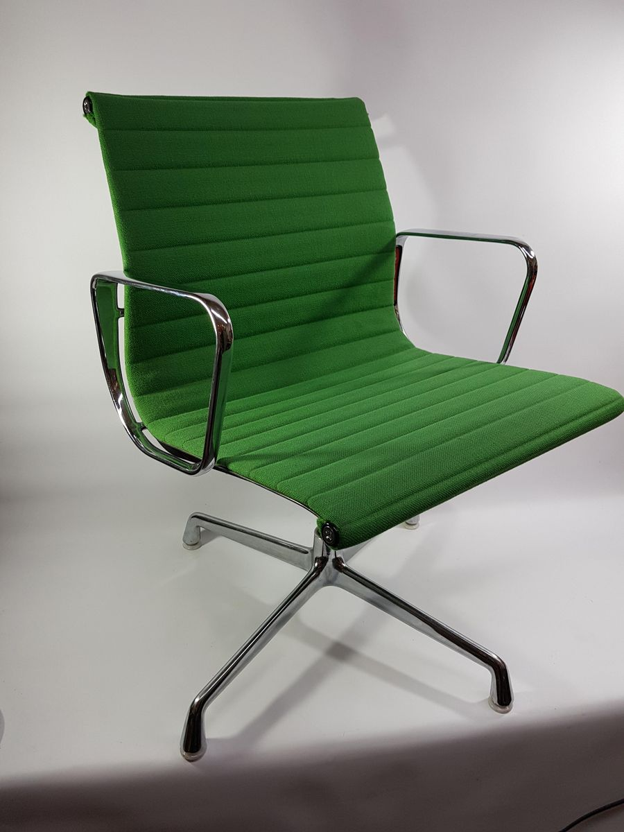 Vitra Office Chair Vintage Ea 104 Office Chair By Charles Ray Eames For Vitra