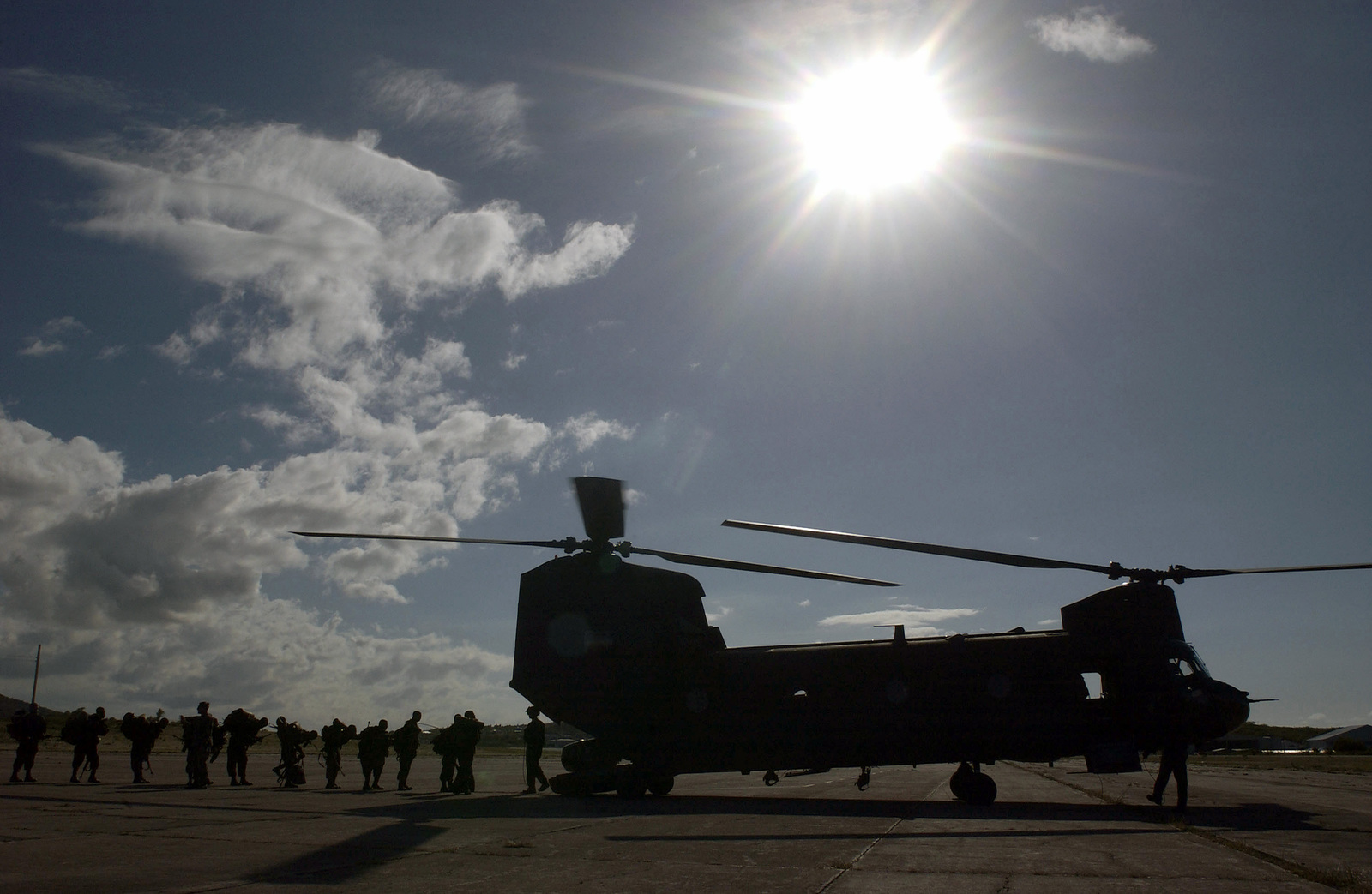 hight resolution of members of the 1st caribbean battalion board a ch 47 chinook helicopter during an airlift to