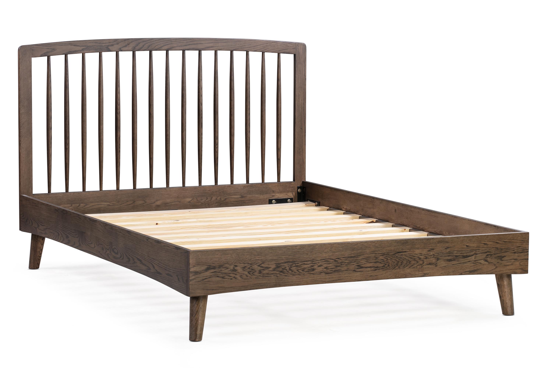 Spindle Bed Queen Oak Smoke Kardiel
