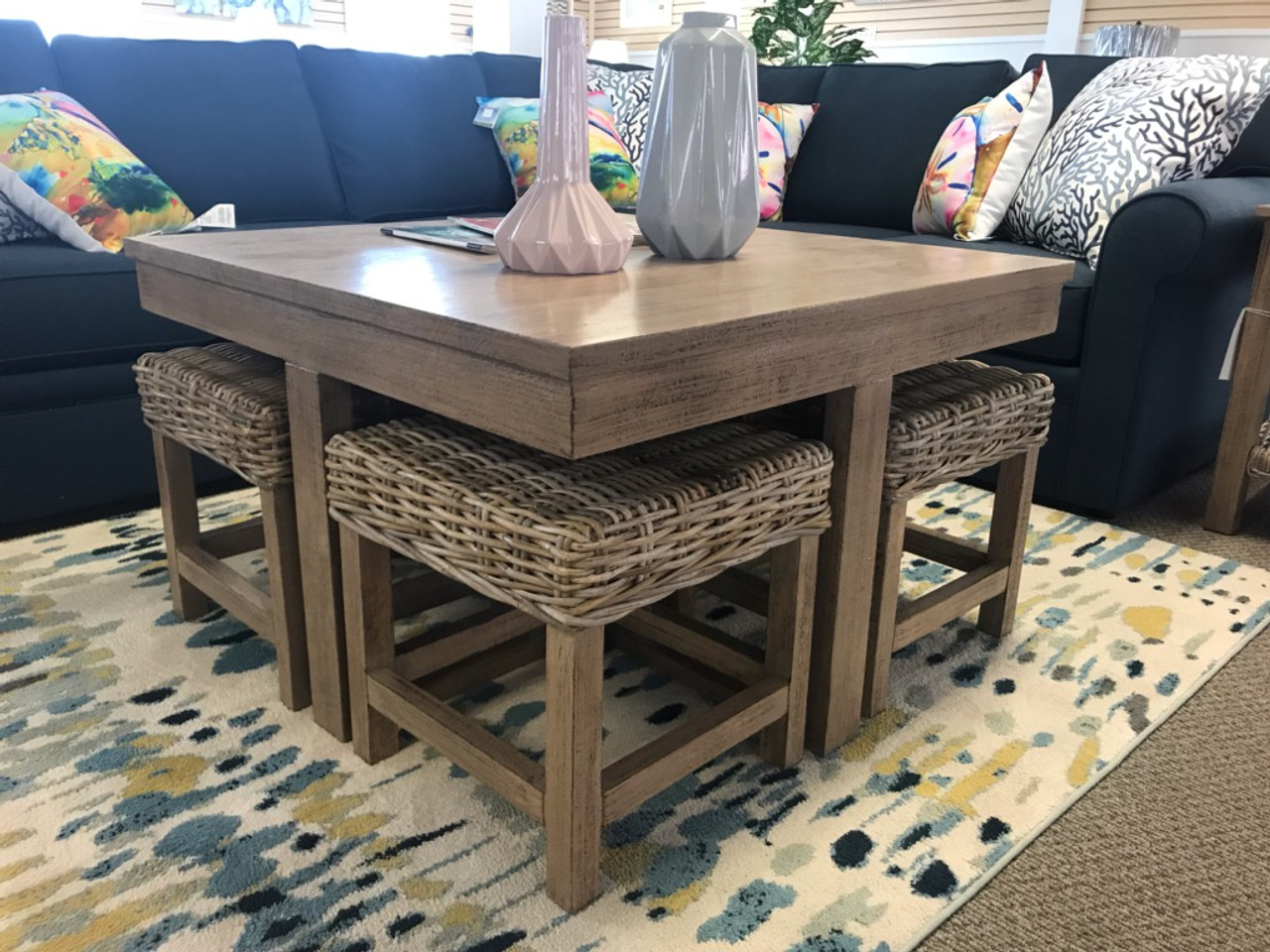ht752 hassock table w ottomans