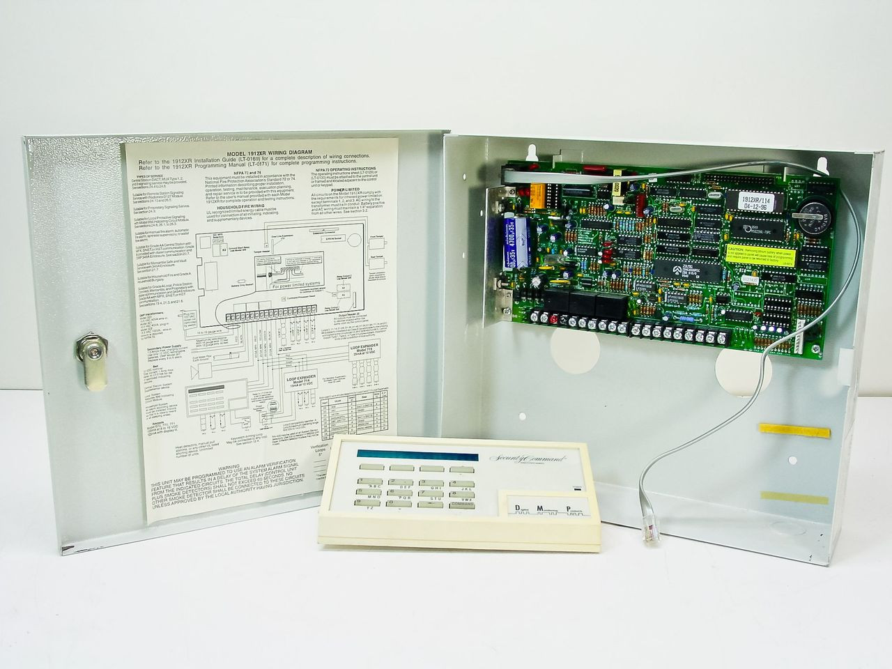 small resolution of  digital monitoring products 1912xr dmp alarm system security command executive ser
