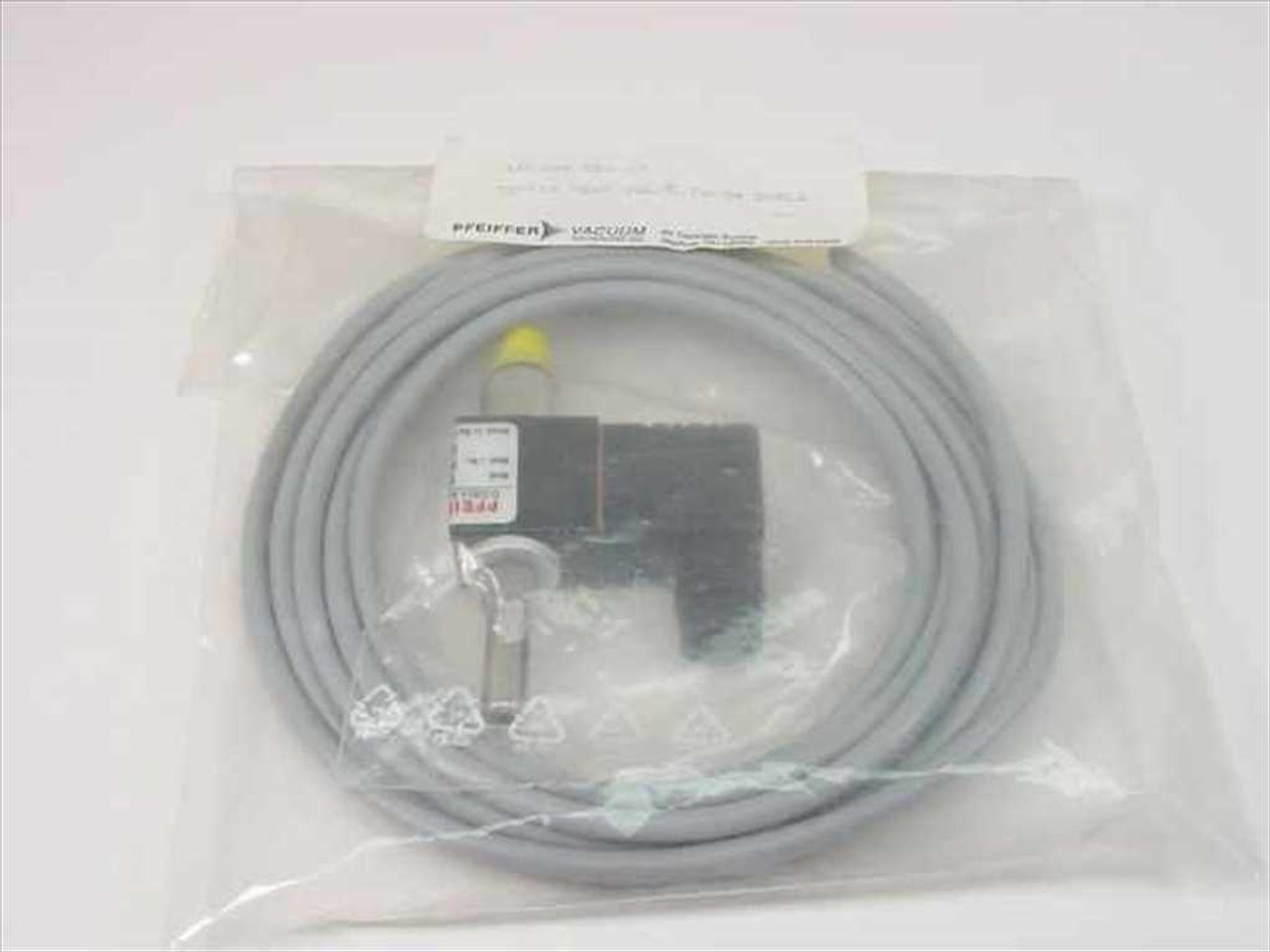 pfeiffer vacuum up 024 020 t tsf012 vent valve w th 3m cable recycledgoods com [ 1024 x 768 Pixel ]