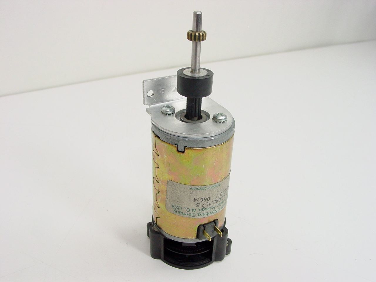 buhler 48 volt dc motor 1 13 043 107  [ 1280 x 960 Pixel ]
